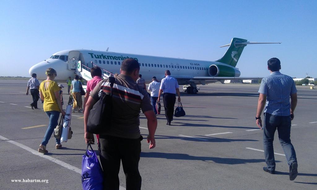 Сколько стоит билет на самолет в туркменистан билет на самолет екатеринбург худжанд