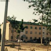 После урагана в окрестностях Ашхабада восстанавливают крыши домов