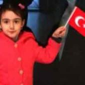 «Прошу вас, не разлучайте меня с мамой!» — Гражданке Туркменистана грозит депортация из Турции