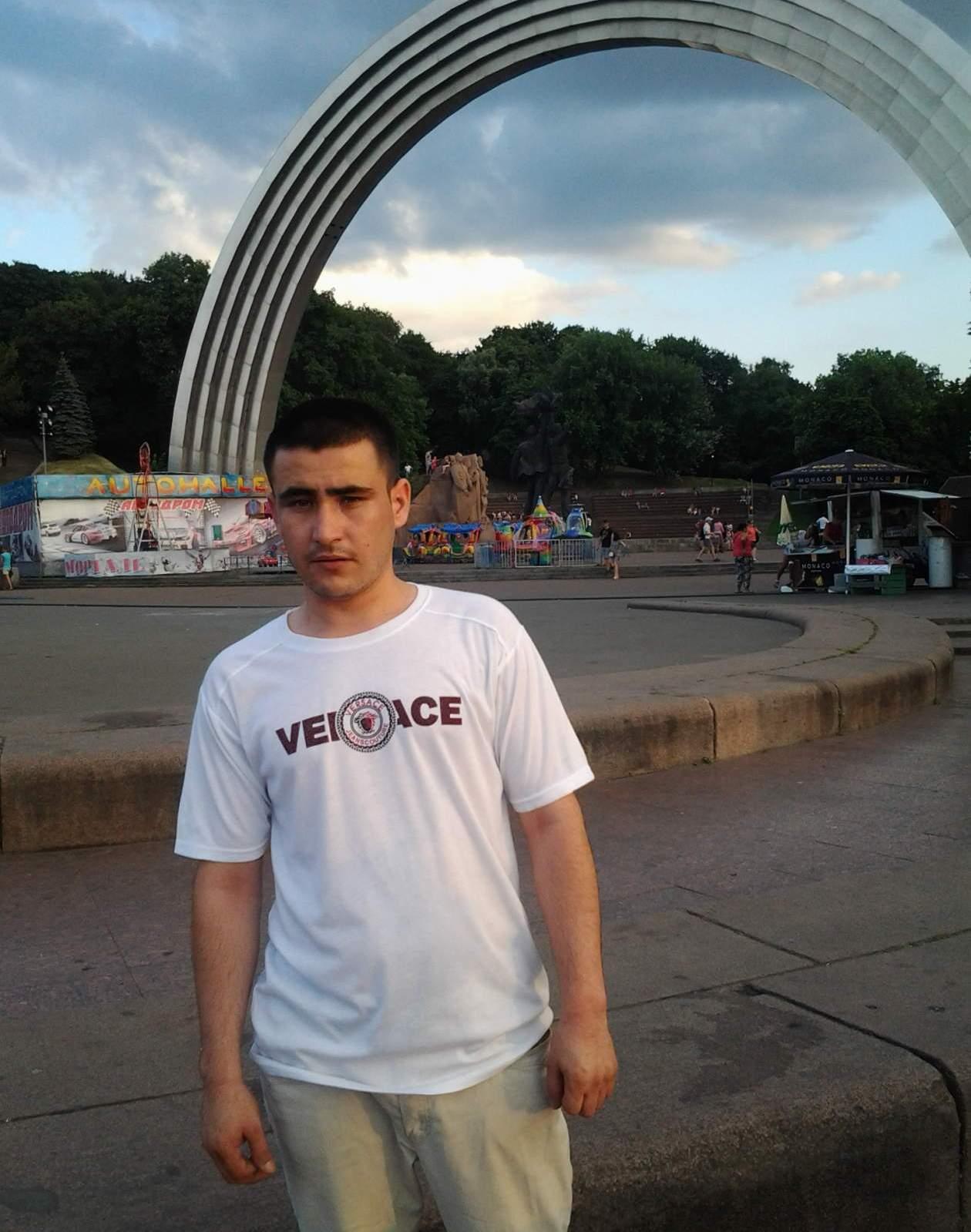 ukrainku-lishayut-za-dengi-smotret-video-lesbiyanok-v-vozraste