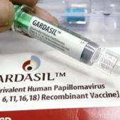В туркменских школах проводят вакцину от рака. Многие родители против