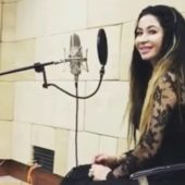 Спустя 8 лет Лачин Мамедова вышла на публику, спев песню про Аркадага (видео)