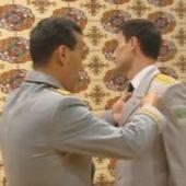 Сын президента получил медаль имени деда и стал подполковником (видео)