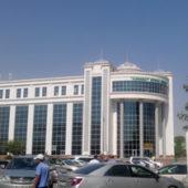 После ухода МТС за сим-картами Алтын Асыр выстроились очереди