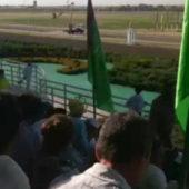 Туркменистан: Бюджетникам к хлопку добавили конные скачки