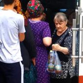 В Туркменистане продолжается нехватка продуктов питания