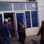 В Туркмении сейчас диктатура? А как там живут люди? Можно ли приехать в Ашхабад туристом?